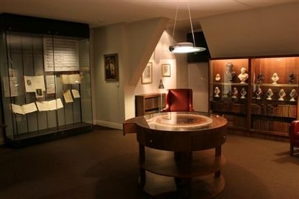 Gerald Coke Handel Collection