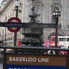 Piccadilly Circus Tube Station hotels title=