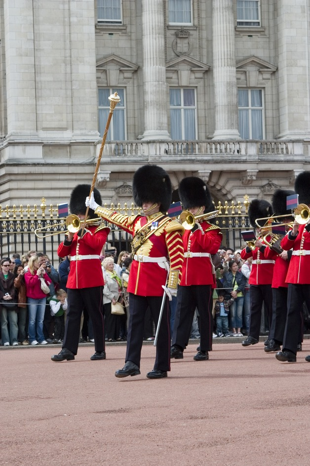 Royal London Coach Tour with Buckingham Palace & Changing of the Guard