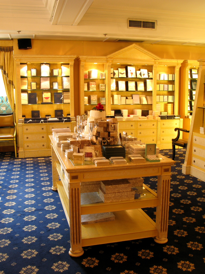 Fortnum & Mason: 1707 Wine Bar - The stationery section