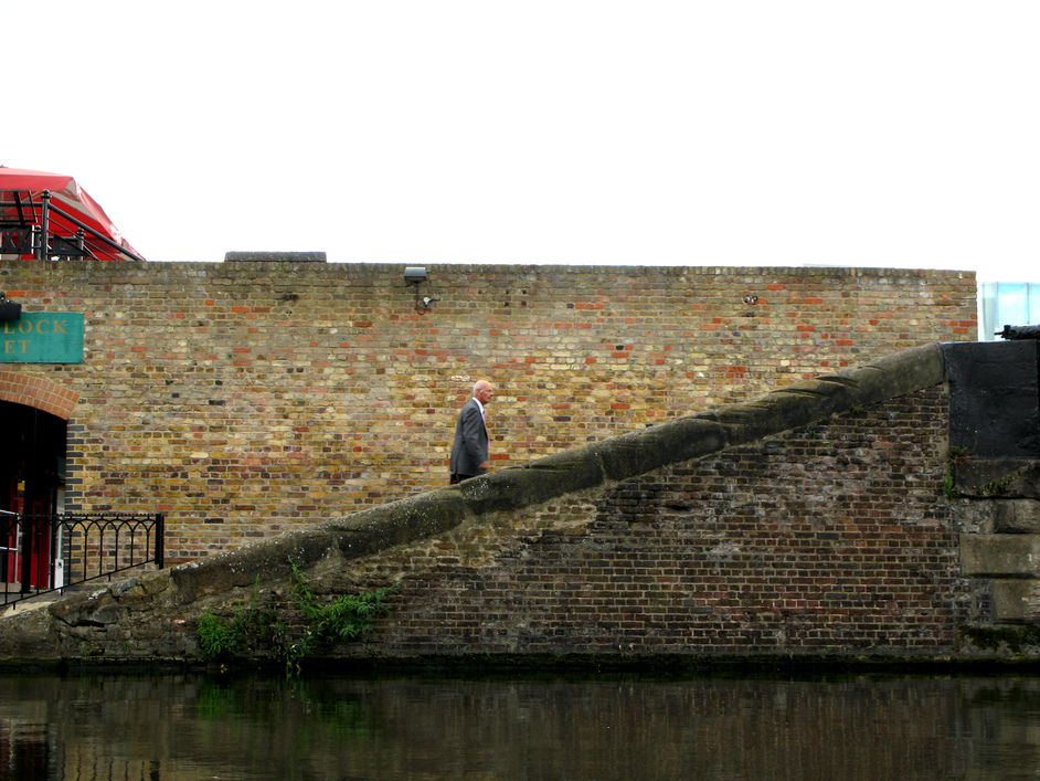 Jason's Canal Boat Trip - The lines in the wall are made by horses pulling ropes.