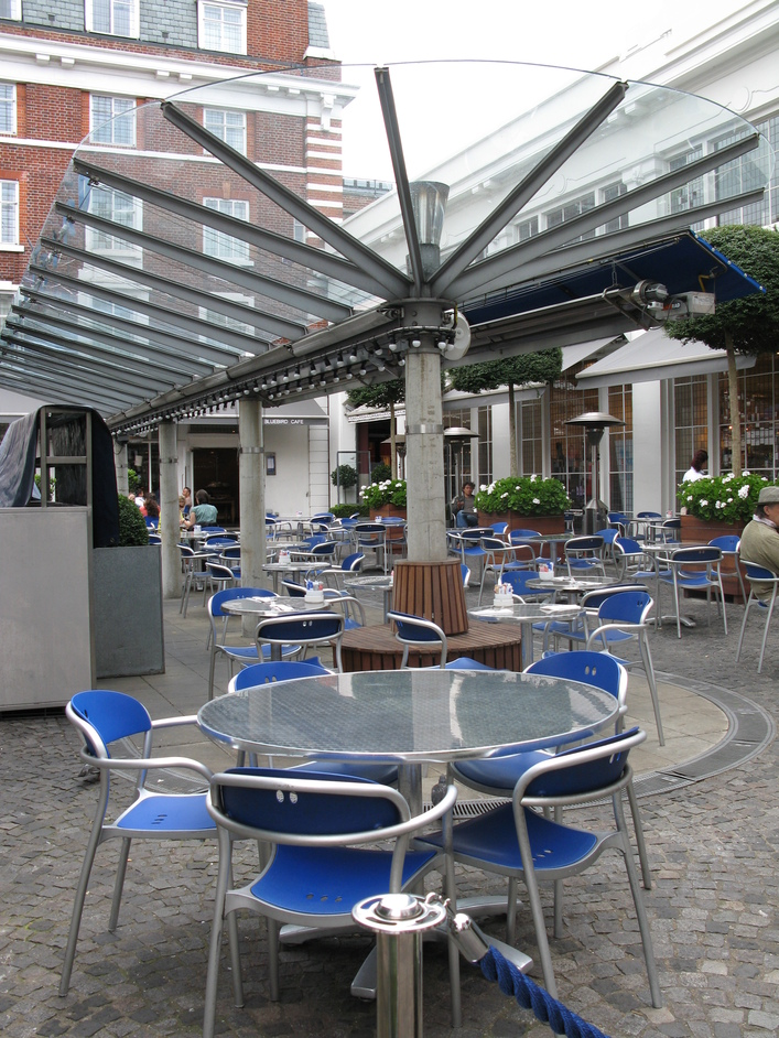 Bluebird Restaurant - Alfresco seating