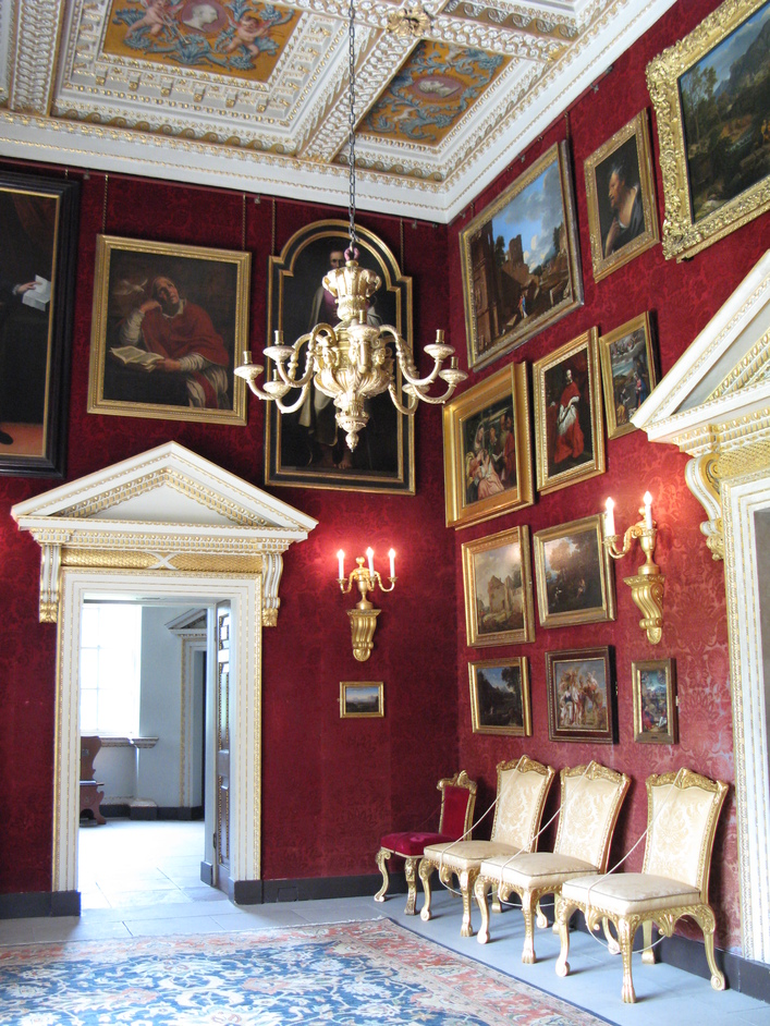 Chiswick House - The Red Velvet Room