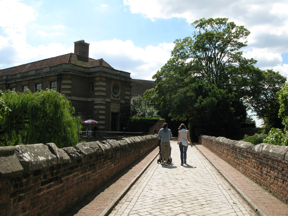 Eltham Palace - Bridge right after the main gates