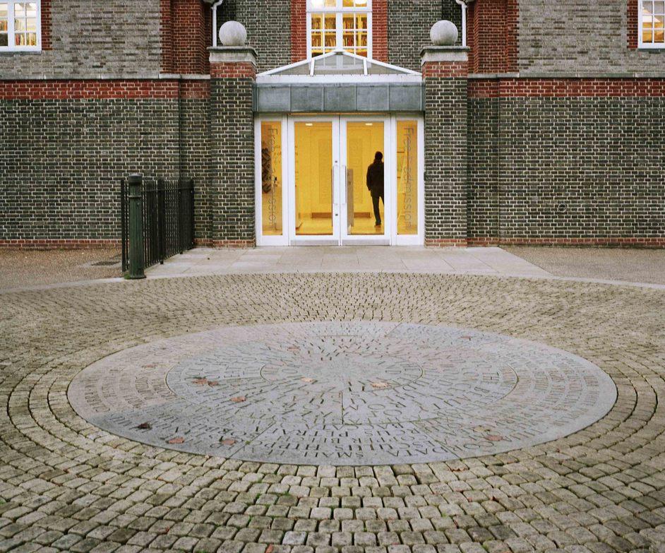 Serpentine Gallery - © John Offenbach