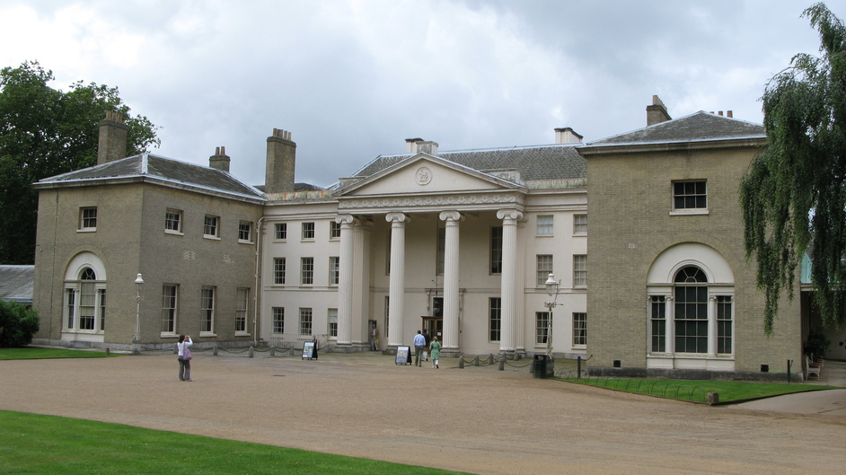 Kenwood House - Kenwood House entrance