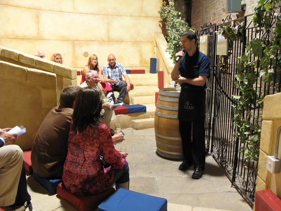 Clink Street - A lesson on wine-tasting