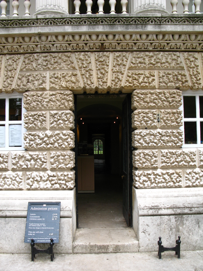 Chiswick House - Entrance to Chiswick House