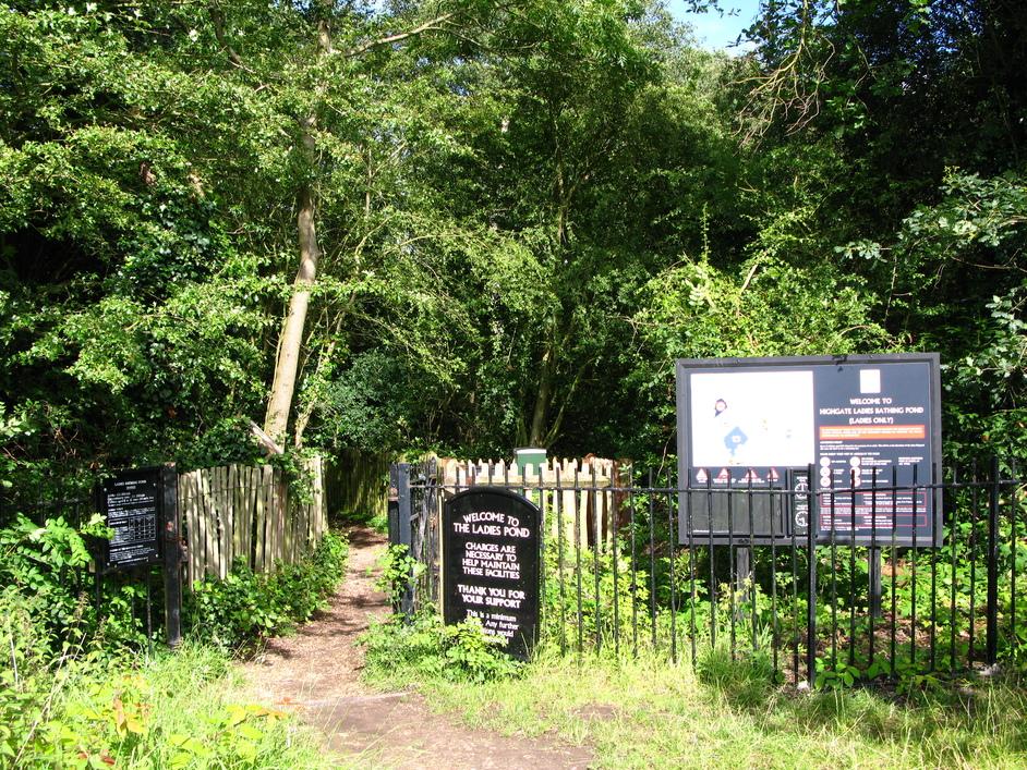 Hampstead Heath Swimming Ponds - Entrance of the Kenwood ladies' bathing pond