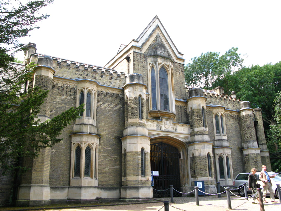 Highgate Cemetery - Entrance to the Western Cemetery - entry by guided tour only.