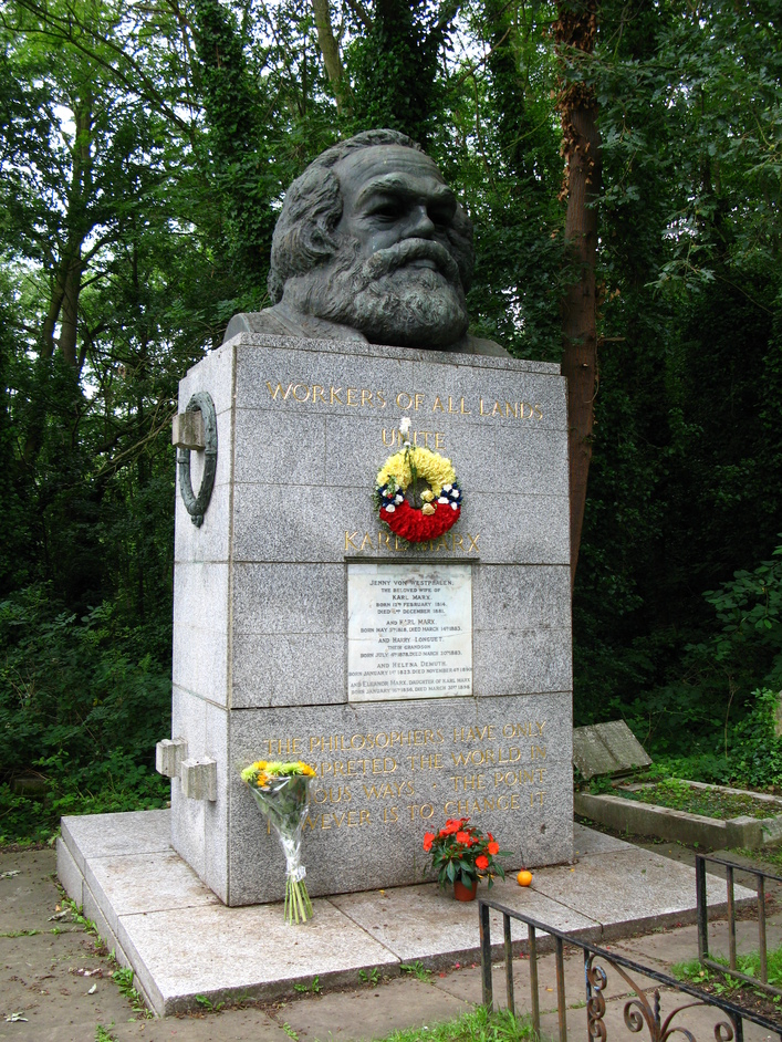 Highgate Cemetery - Karl Marx's grave