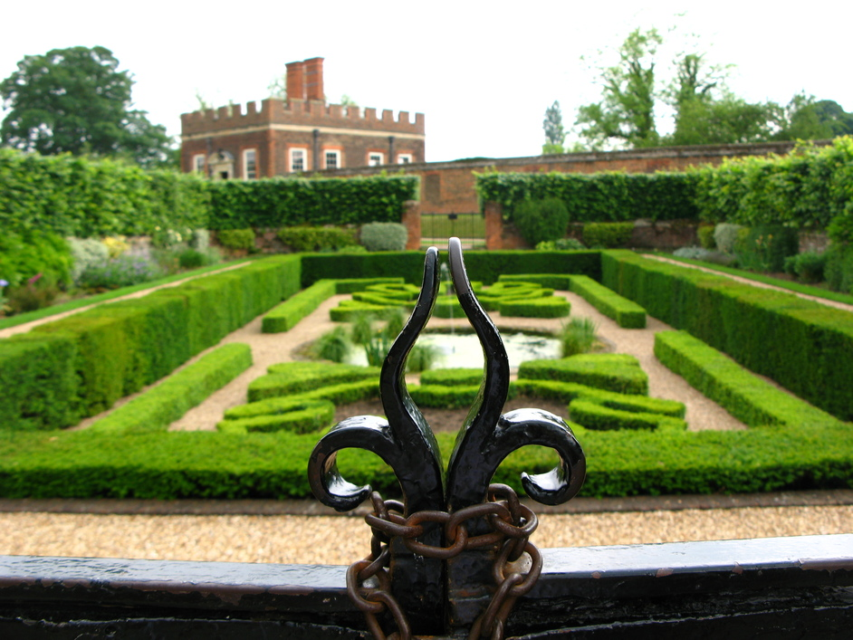 Hampton Court Palace - The Pond Gardens