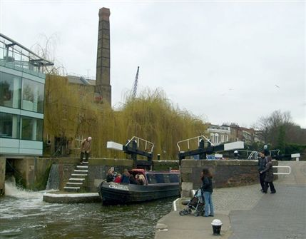 Camden Canals & Narrowboat Association