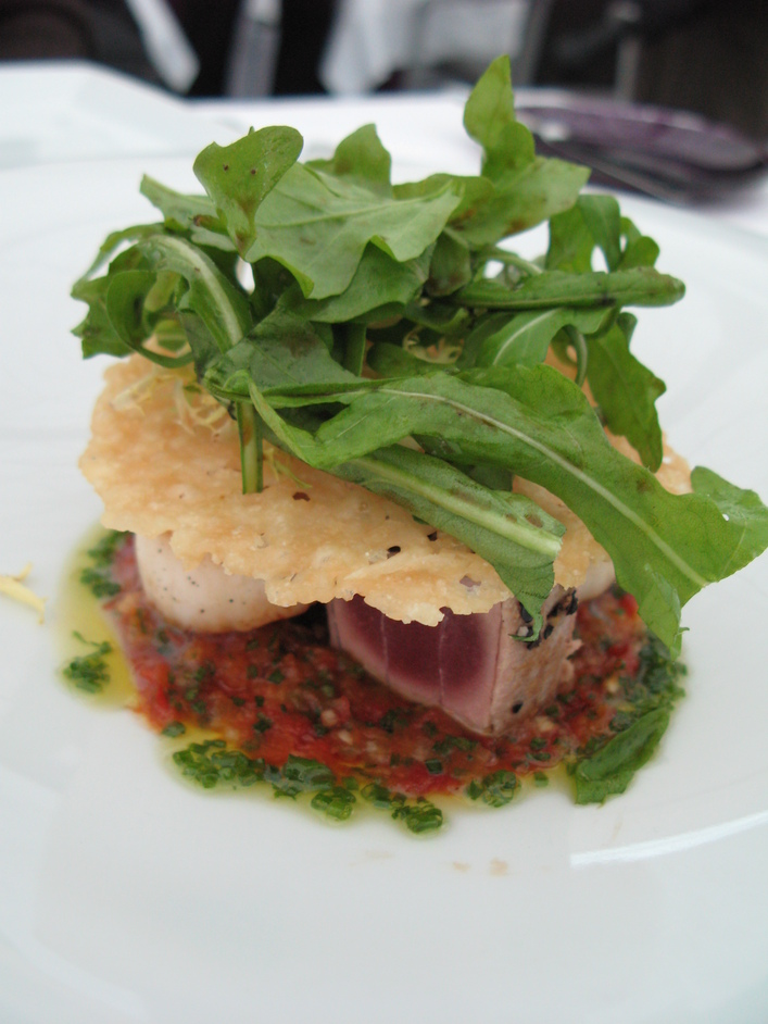 Court Cafe at the British Museum - Court Cafe and Restaurant Appetiser - Seared Tuna and Scallops