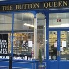 Button Queen hotels title=