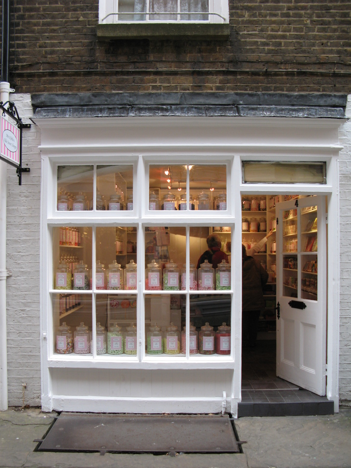 Mrs Kibble's Olde Sweet Shoppe