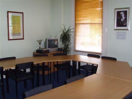 Oscar Wilde Meeting Room