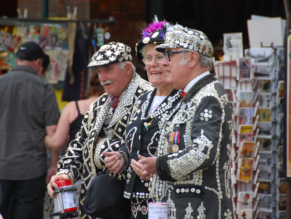 Pearly Kings and Queens Harvest Festival - Pearly Kings & Queens In Covent Garden