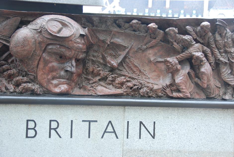 Victoria Embankment Gardens - RAF Memorial On The Victoria Embankment