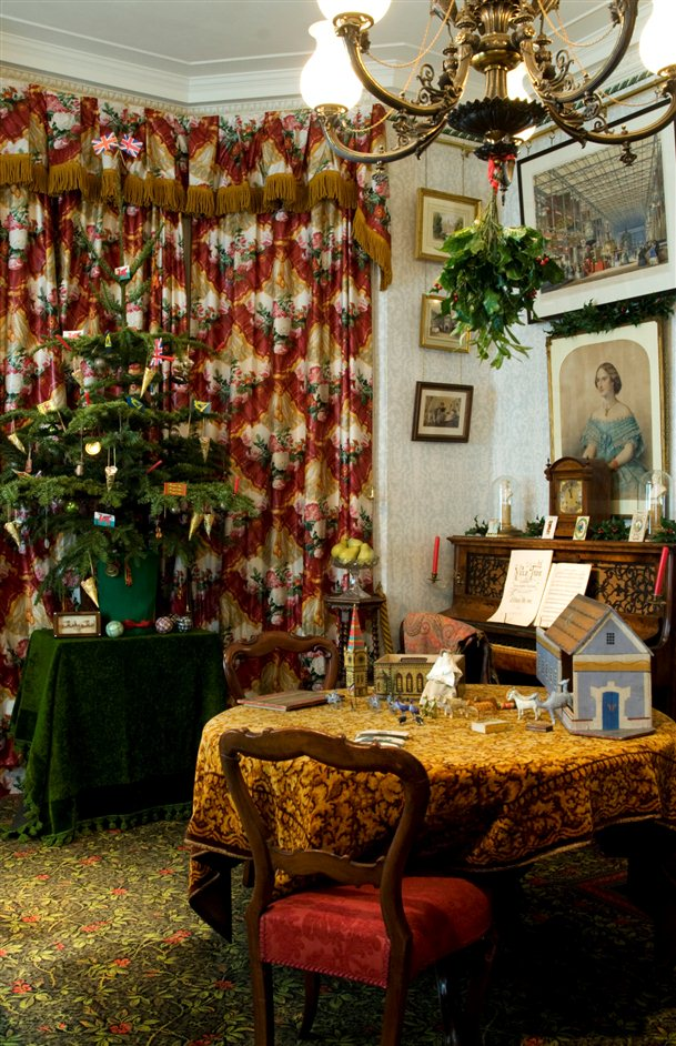 Christmas Past - A drawing room in 1870, detail by Jayne Lloyd
