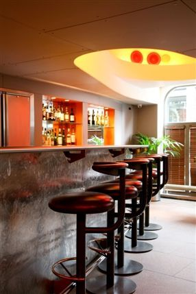 Zander Bar