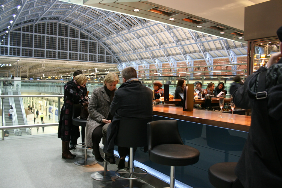 St Pancras by Searcys Champagne Bar