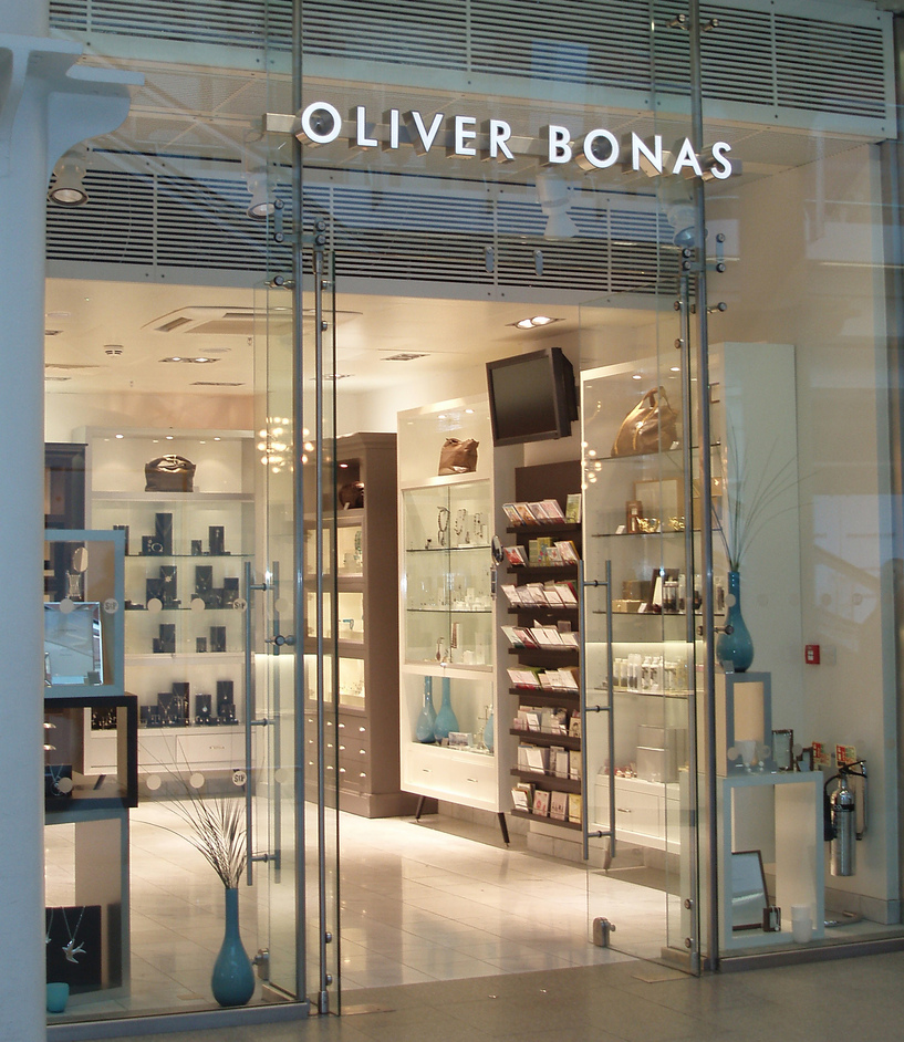 Oliver Bonas We are an independent British lifestyle store, designing our own take on fashion and homeware. Tag your OB finds with #oliverbonas.