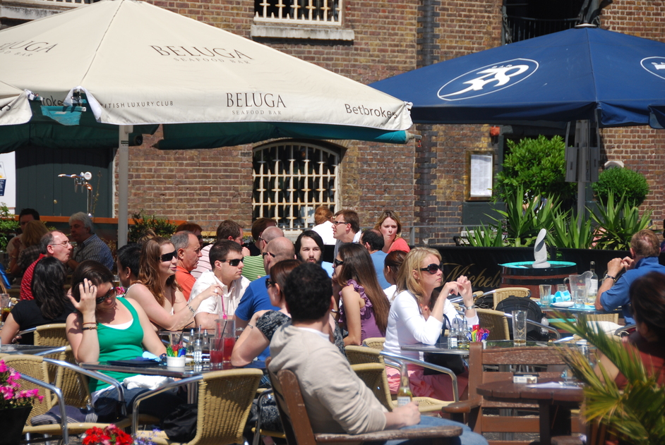 Hertsmere Road - Beluga Cafe/Restaurant At West India Quay