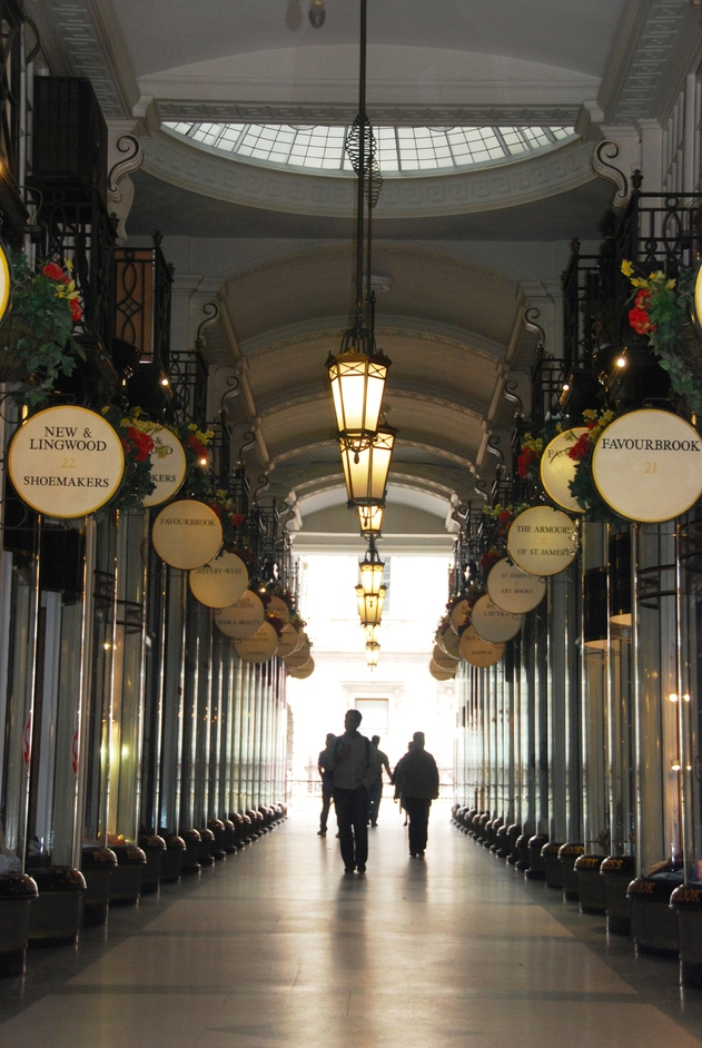 Leicester Square - Jermyn Street Arcade