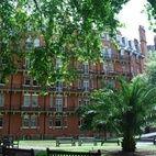 Mount Street Gardens hotels title=