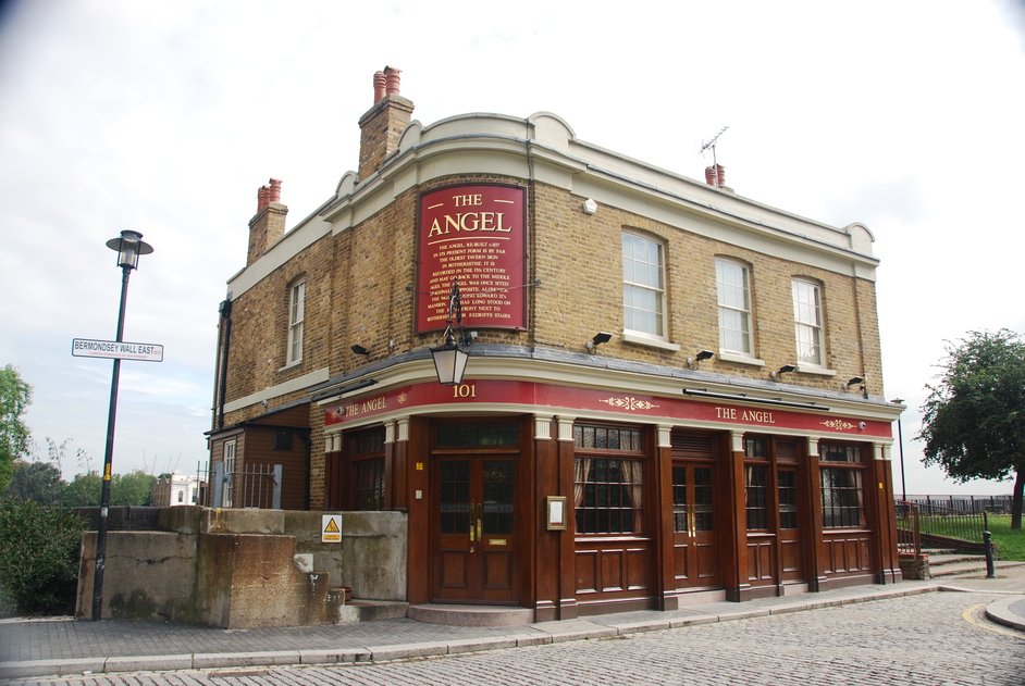 The Angel - The Angel Pub On The Thames Betewen Bermondsey & Rotherhithe