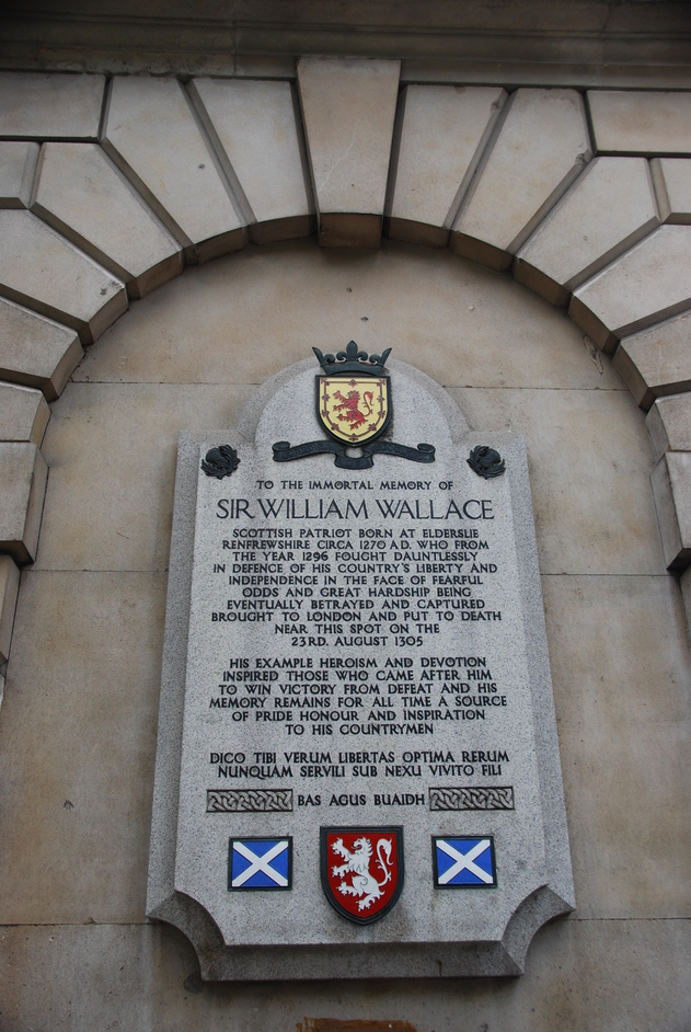 Smithfield Market - William Wallace Memorial In Smithfield