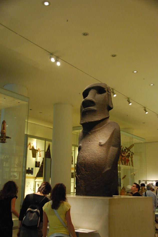 British Museum - Easter Island Statue