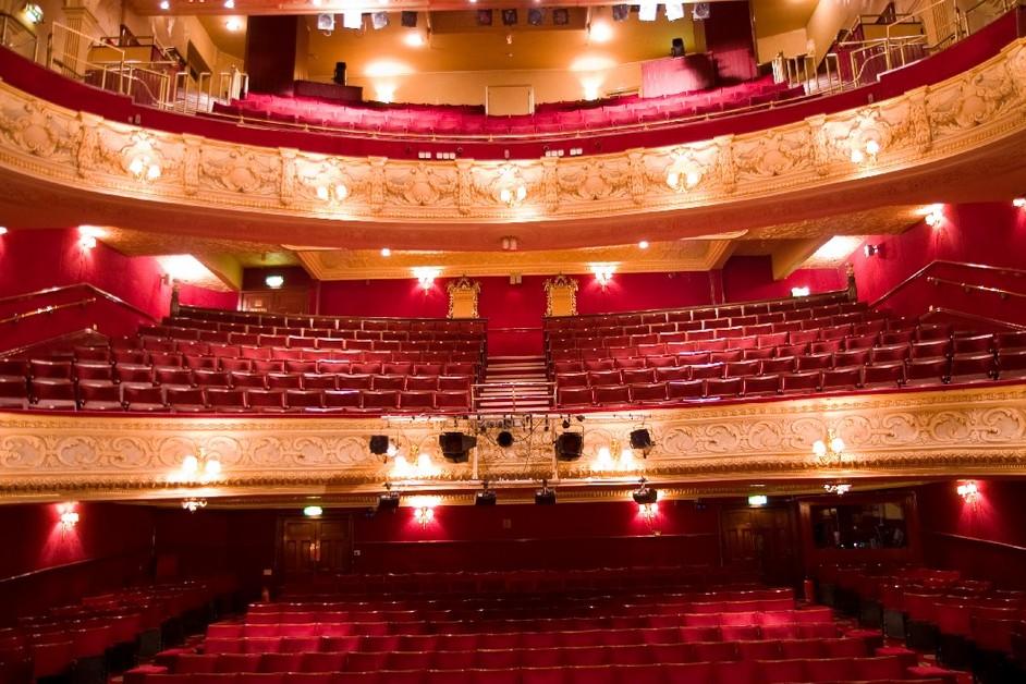 Richmond Theatre Images  LondonTown