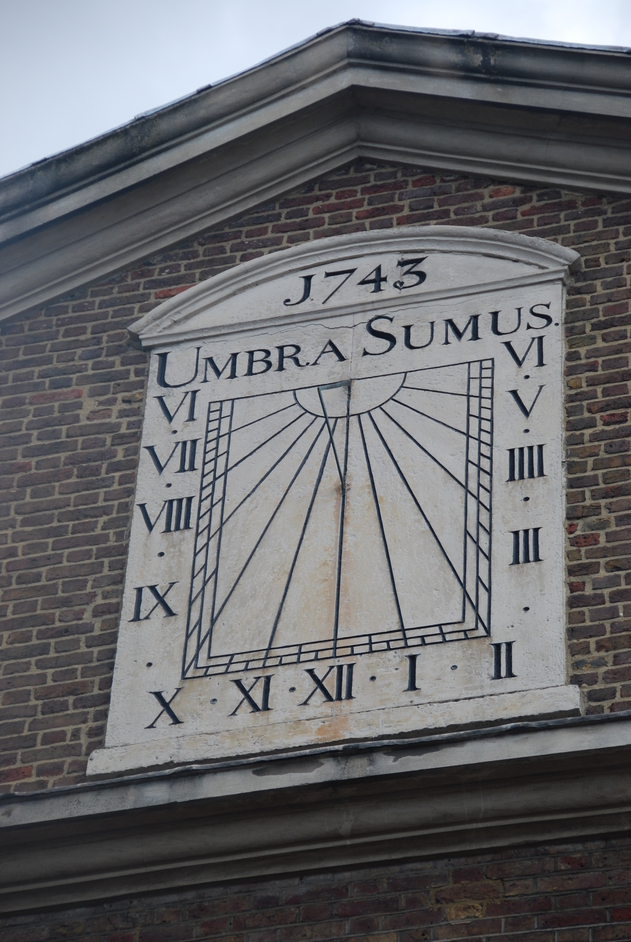 Jamme Masjid - 18th Century Sundial On The Exterior Of The Brick Lane Masjid
