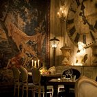 Beach Blanket Babylon - Shoreditch