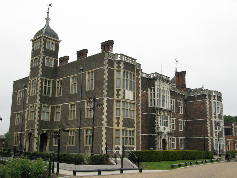 Cry Murder, Scream Ghost: Halloween at Charlton House