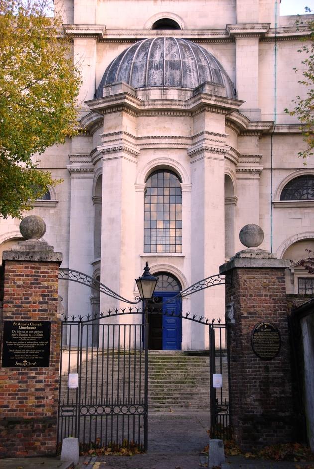 St Anne's, Limehouse - St Anne's Limehouse Entrance