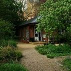 Chelsea Physic Garden hotels title=