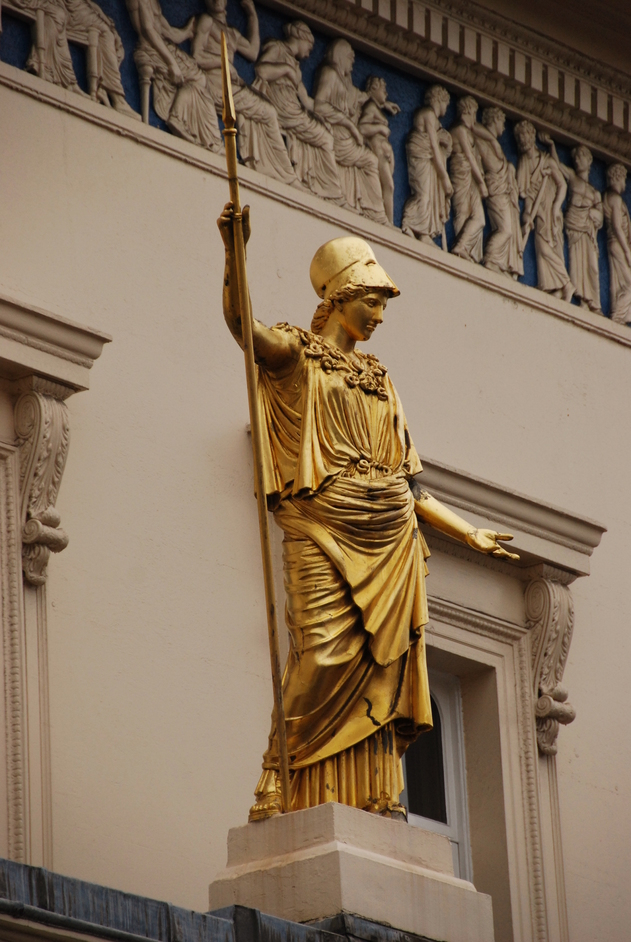 SW1H 9HL - Figure Of The Greek Goddess Athena On The Exterior Of The Athenaeum Club