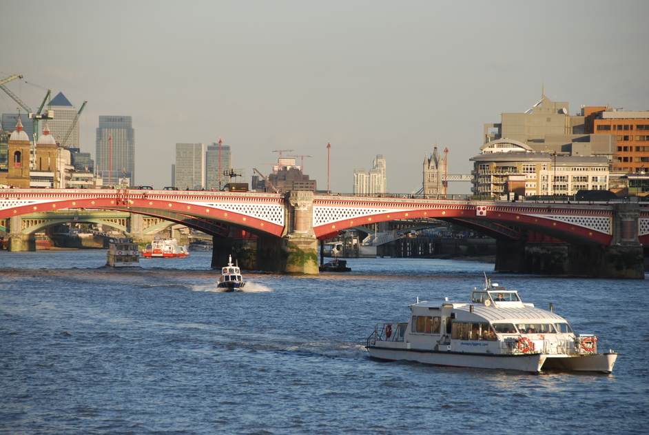 Thames River Services - Westminster to Greenwich - Thames Cruises