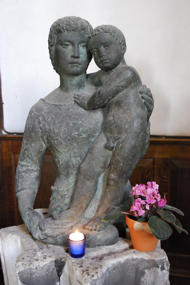 Bread Street - Madonna & Child Sculpture Inside St Mary Le Bow