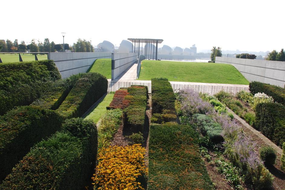 Thames Barrier Park - Thames Barrier Park