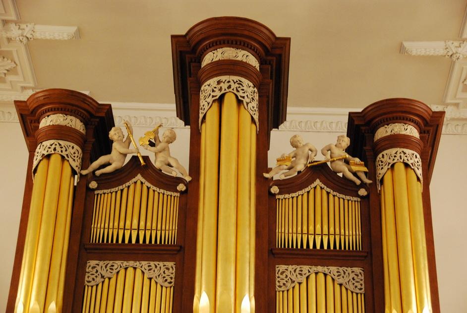 Aldgate High Street - St Botolph's Aldgate 18th Century Organ