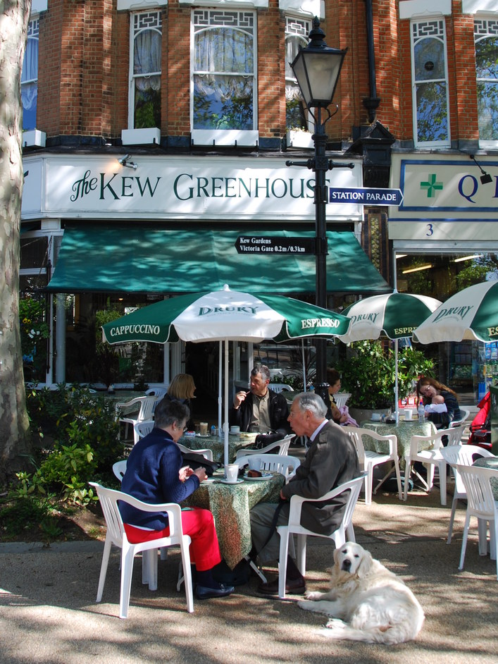 Station Approach - The Kew Greenhouse Cafe Exterior