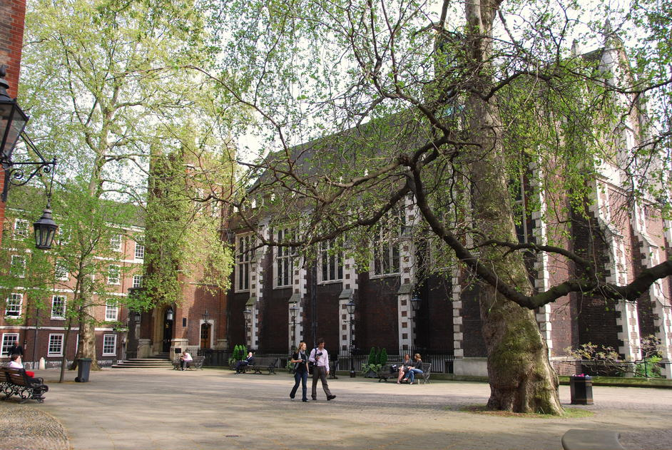 Middle Temple Hall - Middle & Inner Temple Grounds
