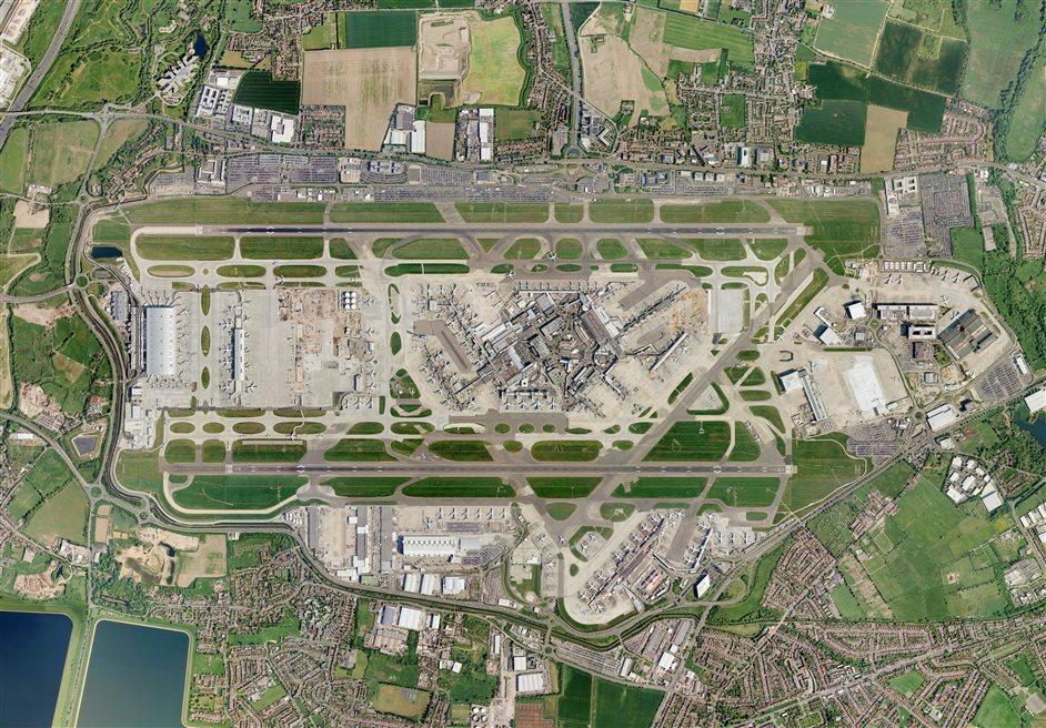 Heathrow Airport - Aerial view