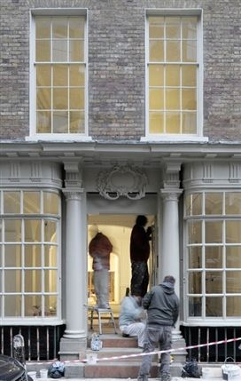 Raven Row - Preparing Raven Row - by David Grandorge