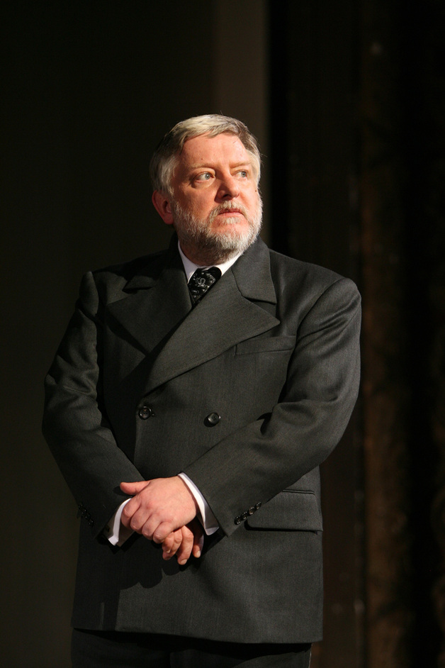The Cherry Orchard - Simon Russell Beale as Lopakhin