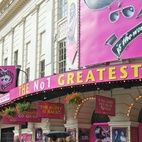 Piccadilly Theatre hotels title=